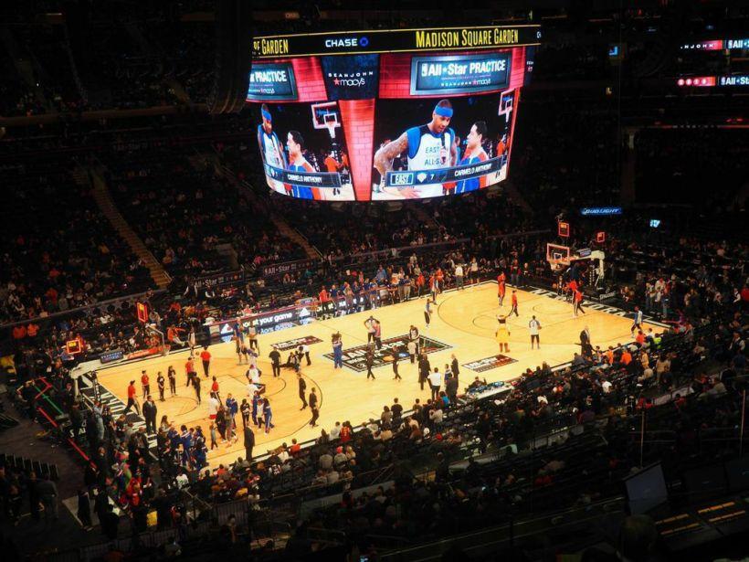 All Star Practice i Madison Square Garden. Over 20 000 solgte billetter til trening..!
